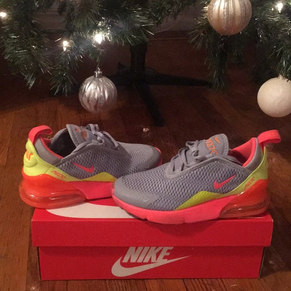 Nike Air Max 270 Girls Size 1.5